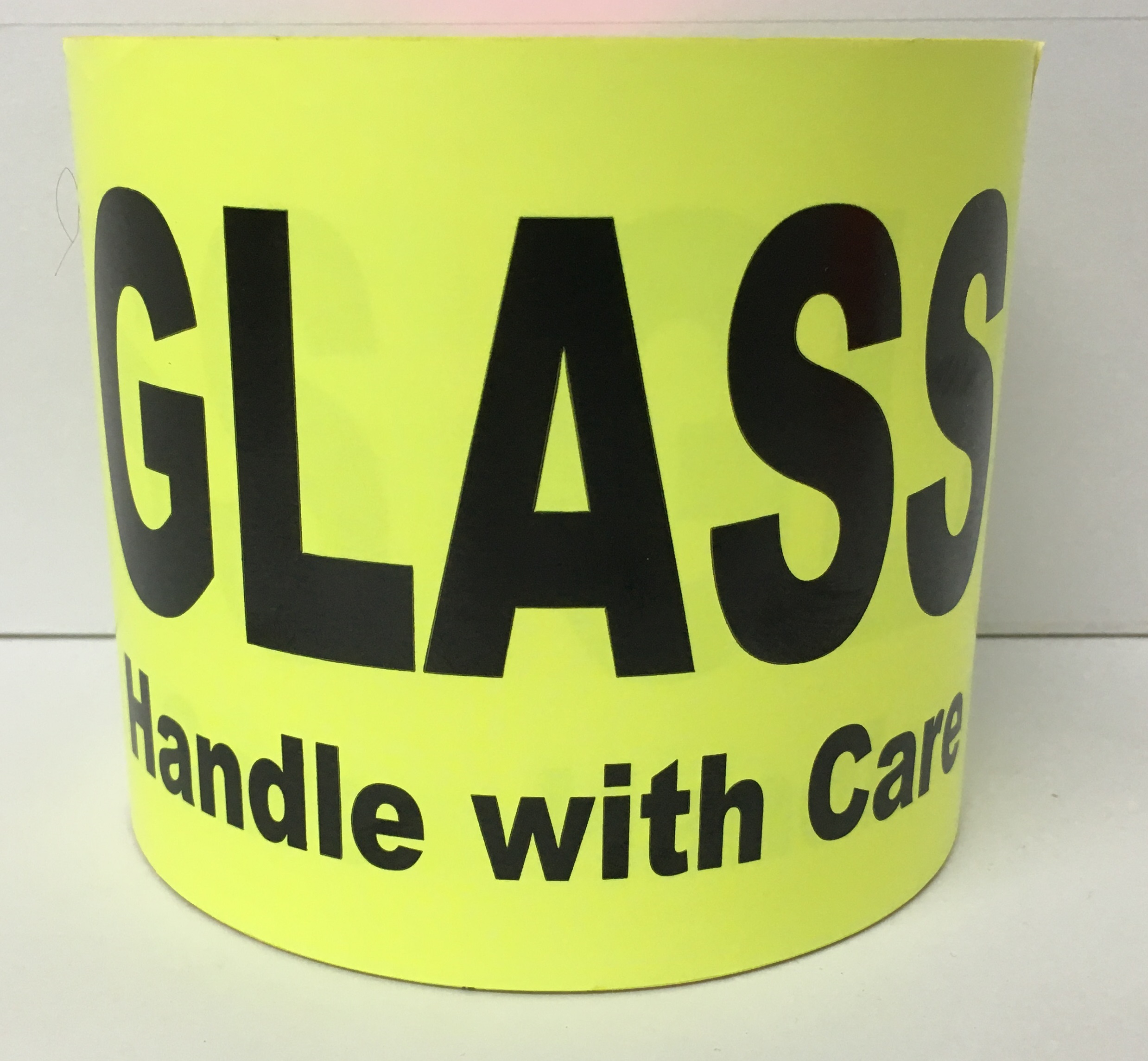 """GLASS Handle with Care - Br/Yellow 4"""" x 6"""", 250 Labels Per Roll"""